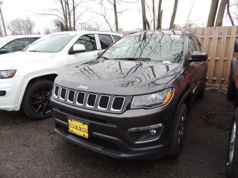 New 2017 Jeep Compass Latitude 4x4 Sport Utility