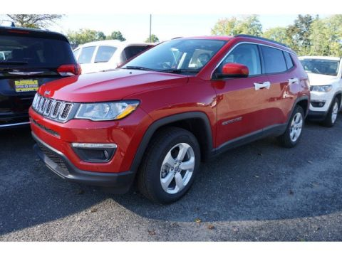 New 2018 Jeep Compass Latitude 4x4 Sport Utility
